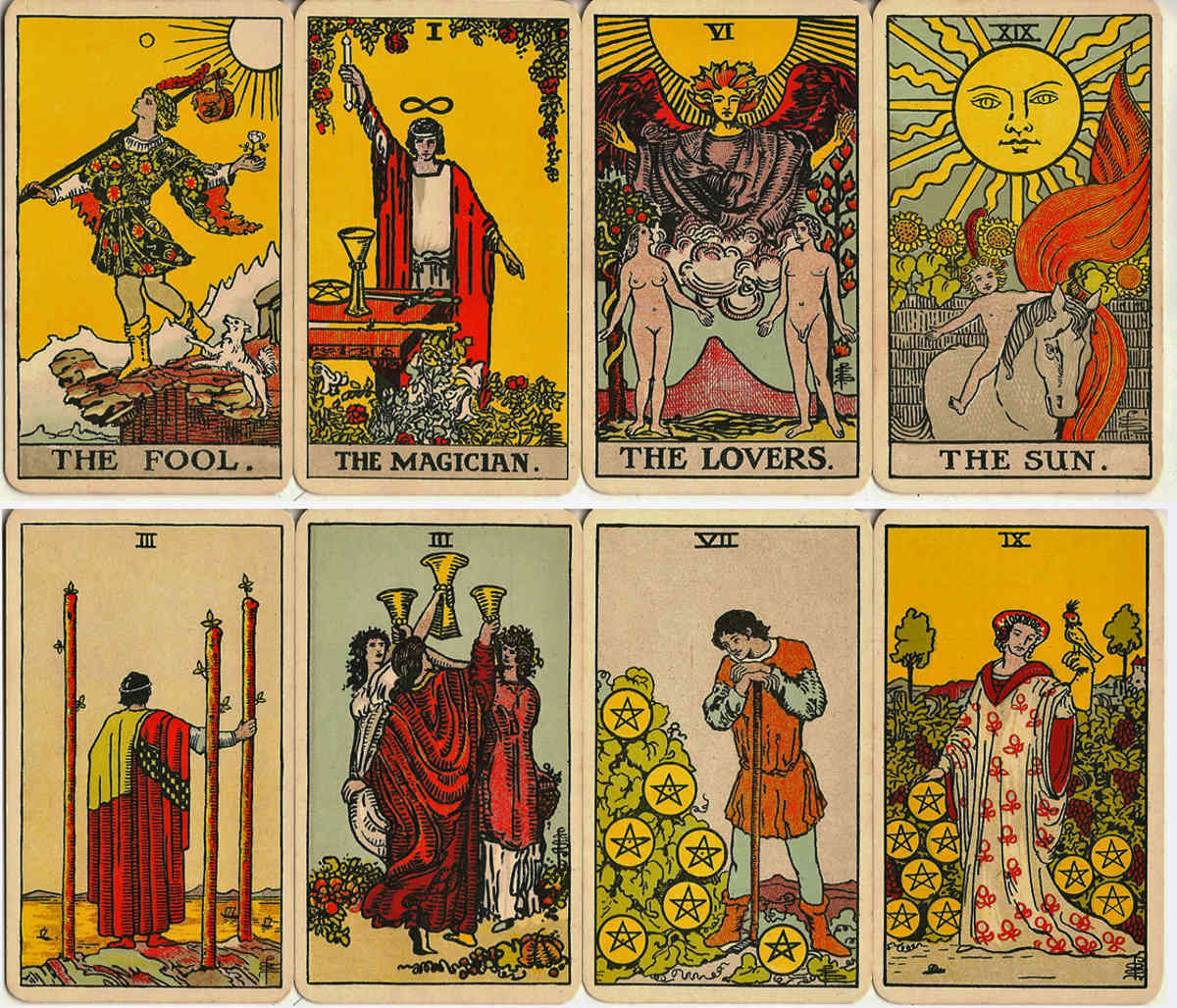 Rider Waite Tarot early editions - The World of Playing Cards